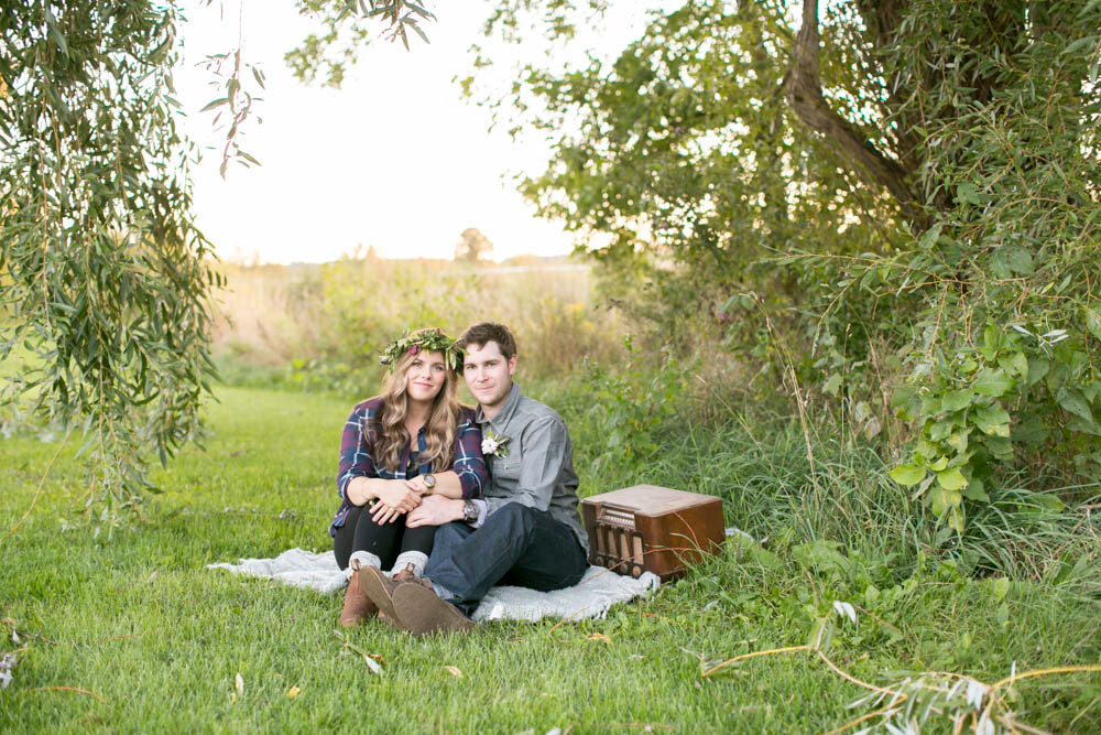 Honsberger-Estate-Niagara-engagement-photographers-Philosophy-Studios-Eva-Derrick-Photography-0036.JPG