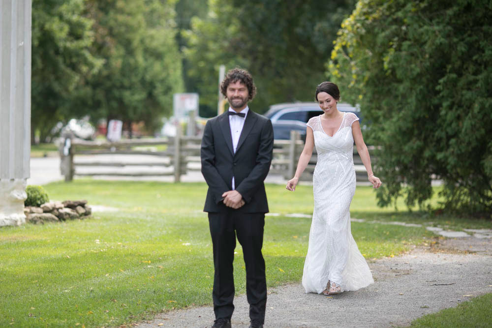 Two-Sisters-Vineyard-Wedding-elopement-photographers-niagara-wedding-event-photographers-Philosophy-Studios-Eva-Derrick-Photography-0021.JPG