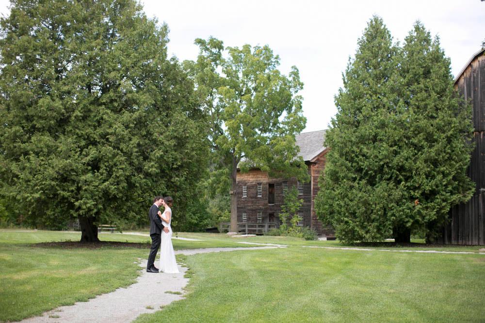 Two-Sisters-Vineyard-Wedding-elopement-photographers-niagara-wedding-event-photographers-Philosophy-Studios-Eva-Derrick-Photography-0024.JPG