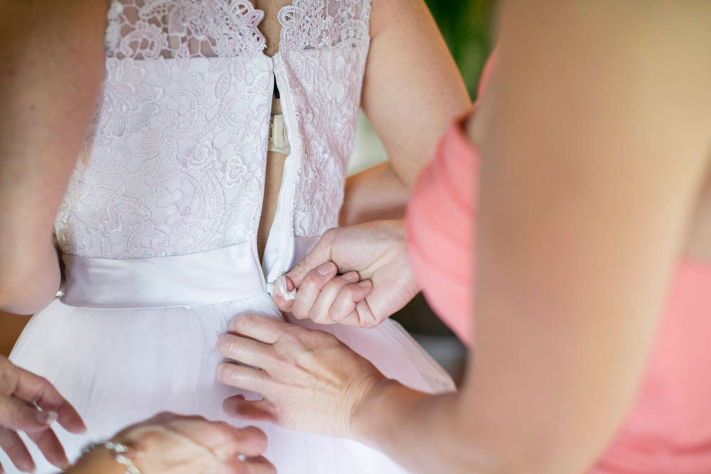 Hawaii-wedding-photographers-destination-Weddings-Oahu-photographers-event-photographers-Philosophy-Studios-Eva-Derrick-Photography-0010.JPG