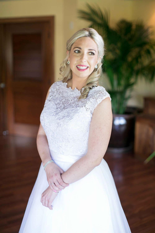 Hawaii-wedding-photographers-destination-Weddings-Oahu-photographers-event-photographers-Philosophy-Studios-Eva-Derrick-Photography-0012.JPG
