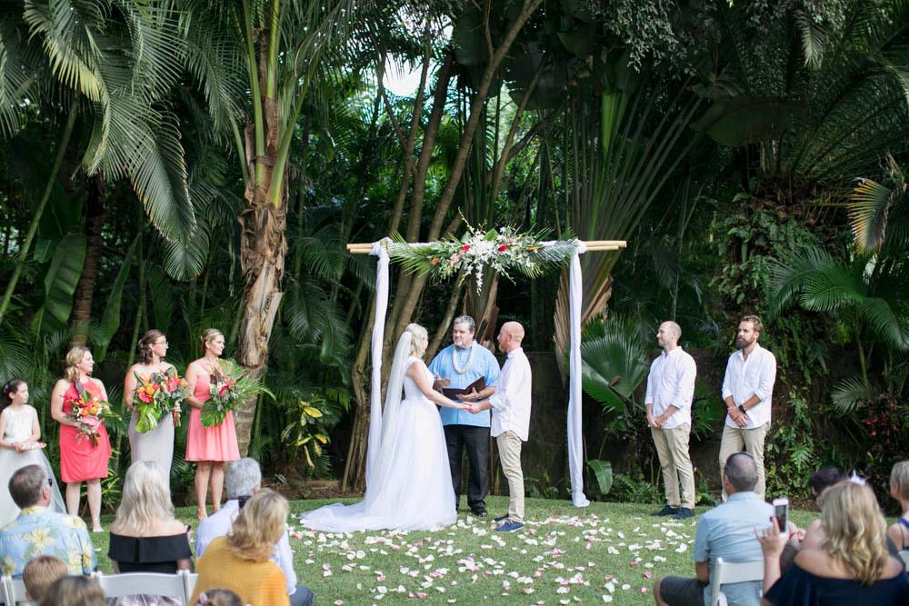 Hawaii-wedding-photographers-destination-Weddings-Oahu-photographers-event-photographers-Philosophy-Studios-Eva-Derrick-Photography-0023.JPG