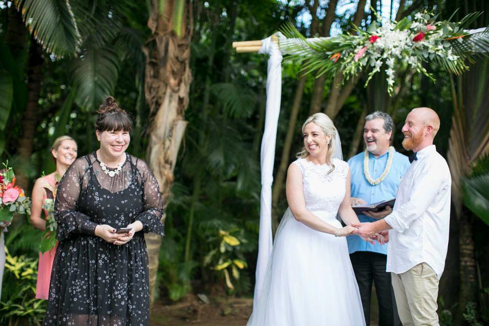 Hawaii-wedding-photographers-destination-Weddings-Oahu-photographers-event-photographers-Philosophy-Studios-Eva-Derrick-Photography-0026.JPG