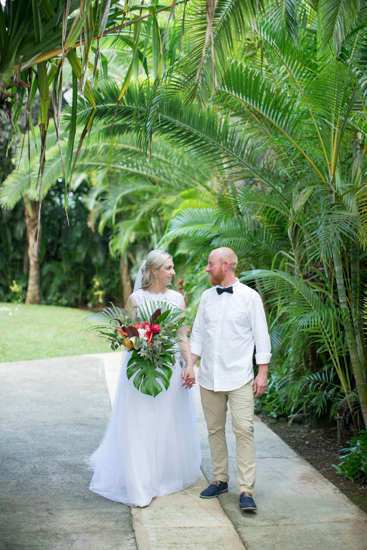 Hawaii-wedding-photographers-destination-Weddings-Oahu-photographers-event-photographers-Philosophy-Studios-Eva-Derrick-Photography-0033.JPG
