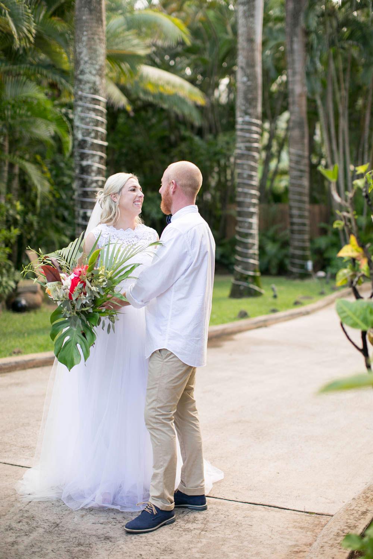 Hawaii-wedding-photographers-destination-Weddings-Oahu-photographers-event-photographers-Philosophy-Studios-Eva-Derrick-Photography-0038.JPG