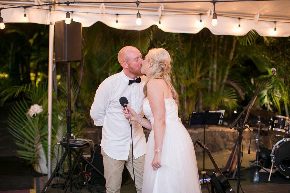 Hawaii-wedding-photographers-destination-Weddings-Oahu-photographers-event-photographers-Philosophy-Studios-Eva-Derrick-Photography-0059.JPG
