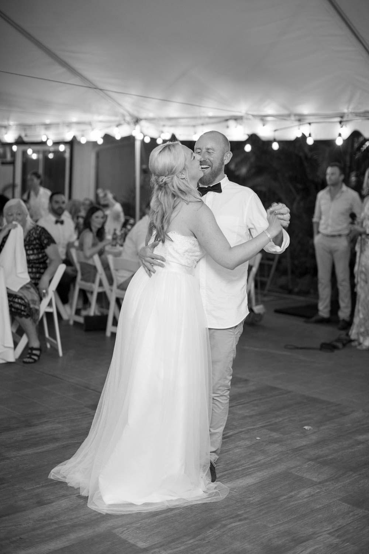 Hawaii-wedding-photographers-destination-Weddings-Oahu-photographers-event-photographers-Philosophy-Studios-Eva-Derrick-Photography-0060.JPG