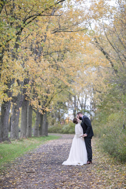 Pillar-and-Post-wedding-photographers-vintage-hotels-weddings-destination-Weddings-photographers-event-photographers-Philosophy-Studios-Eva-Derrick-Photography-0028.JPG