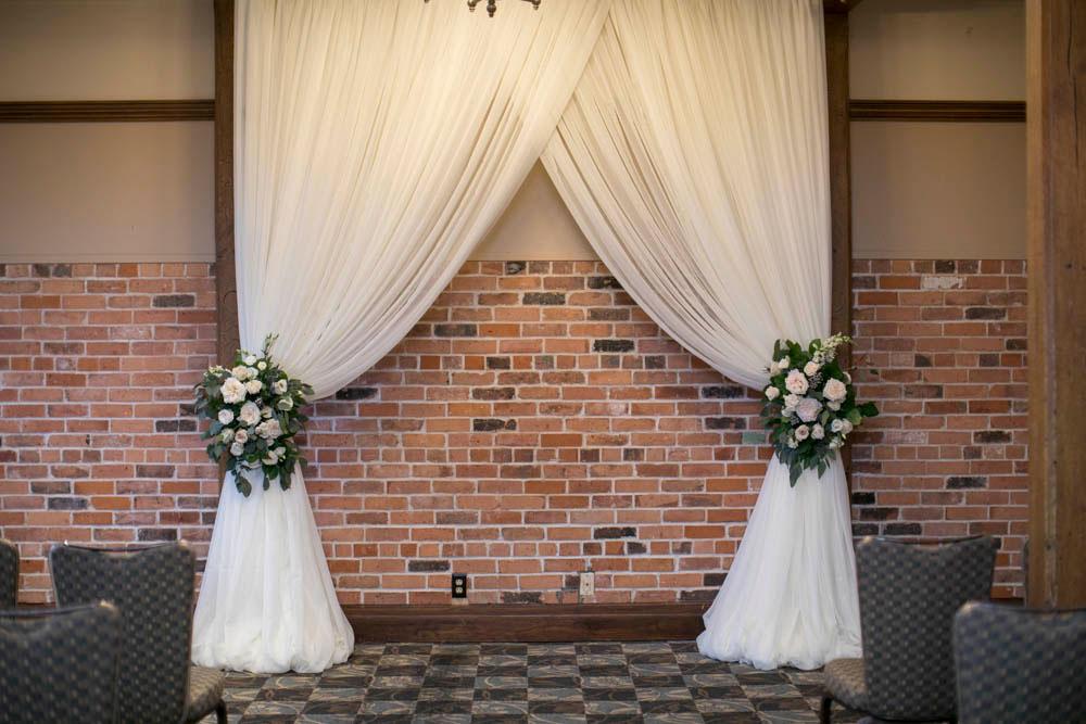 Pillar-and-Post-wedding-photographers-vintage-hotels-weddings-destination-Weddings-photographers-event-photographers-Philosophy-Studios-Eva-Derrick-Photography-0033.JPG