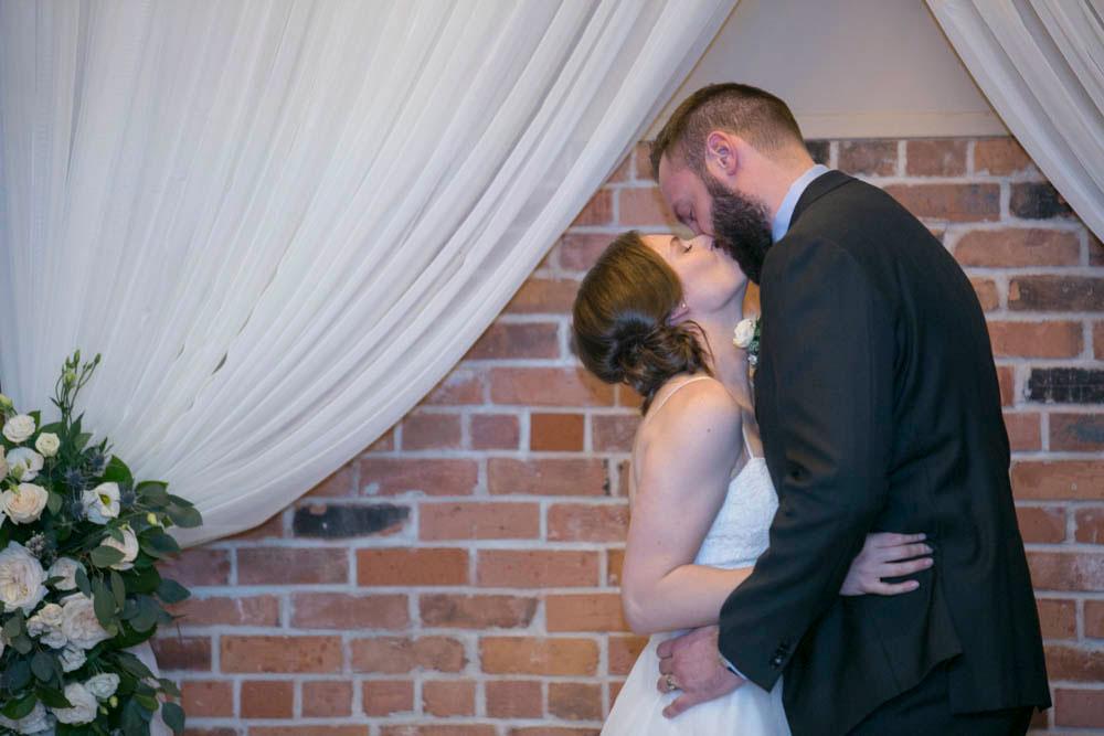 Pillar-and-Post-wedding-photographers-vintage-hotels-weddings-destination-Weddings-photographers-event-photographers-Philosophy-Studios-Eva-Derrick-Photography-0037.JPG