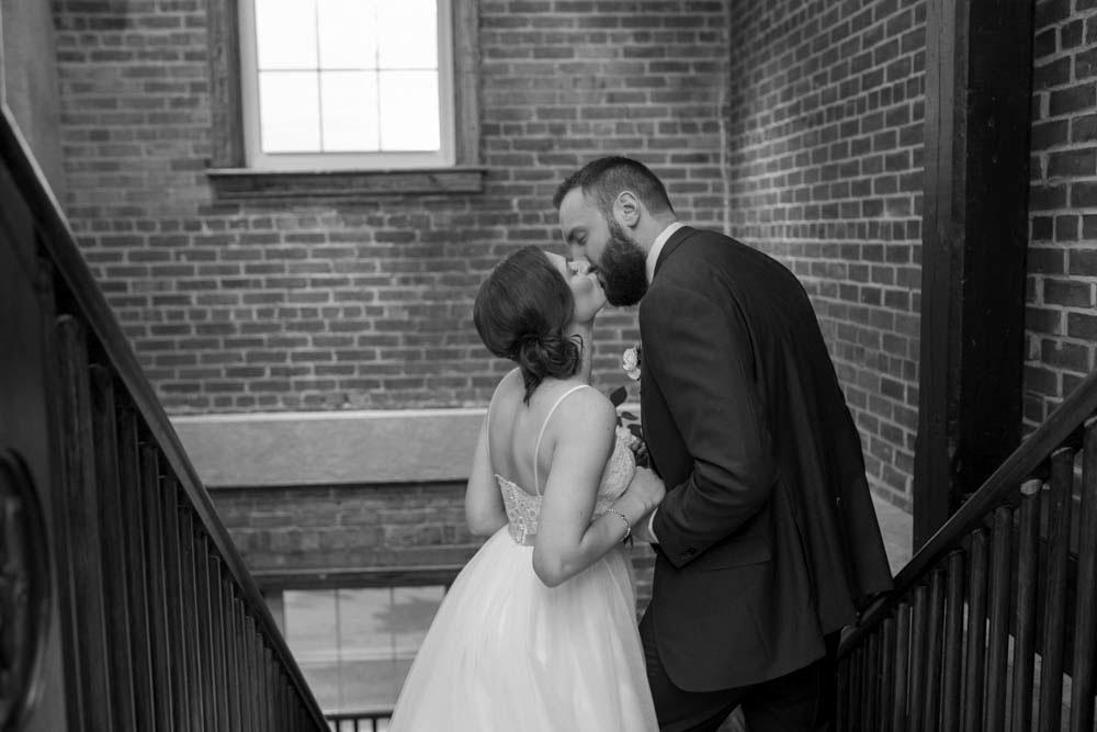 Pillar-and-Post-wedding-photographers-vintage-hotels-weddings-destination-Weddings-photographers-event-photographers-Philosophy-Studios-Eva-Derrick-Photography-0040.JPG