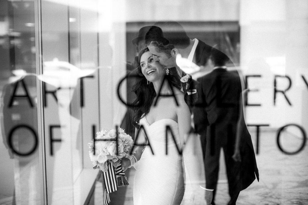 Wedding-Art-Gallery-of-Hamilton-AGO-Hamilton-philosophy-studios-Joel-wedding-photographer-003.jpg