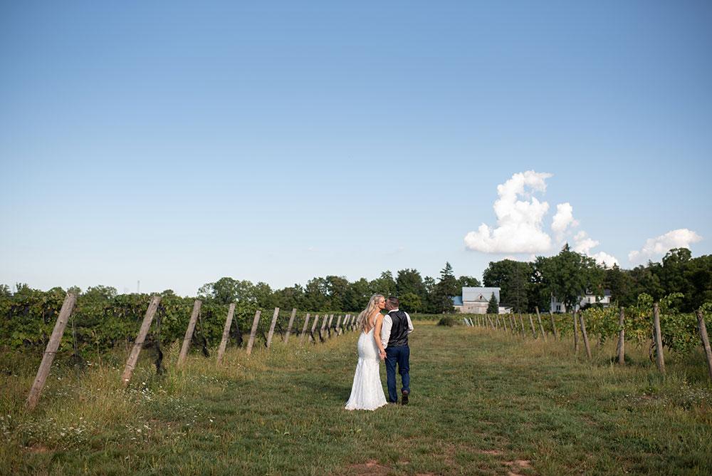 Vineyard-wedding-photographer-philosophy-studios-Meg-wedding-photographer-004.JPG