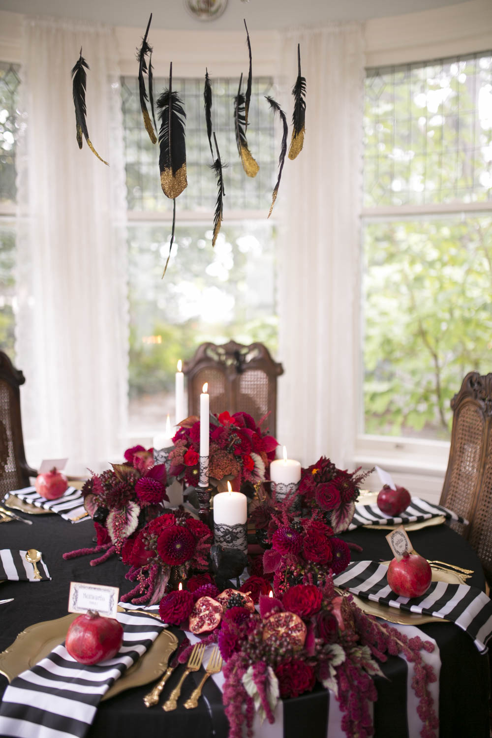 ruffled-blog-featured-gothic-victorian-halloween-creative-The-Grand-Victorian-photo-by-philosophy-studios-011.JPG