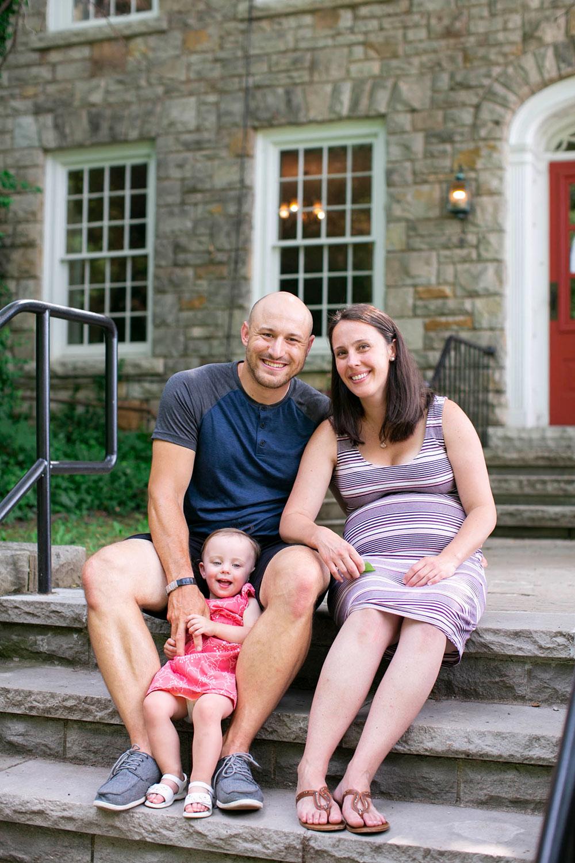 Family-session-niagara-maternity-session-doumentry-lifestle-session-niagara-photo-by-philosophy-studios-0008.jpg