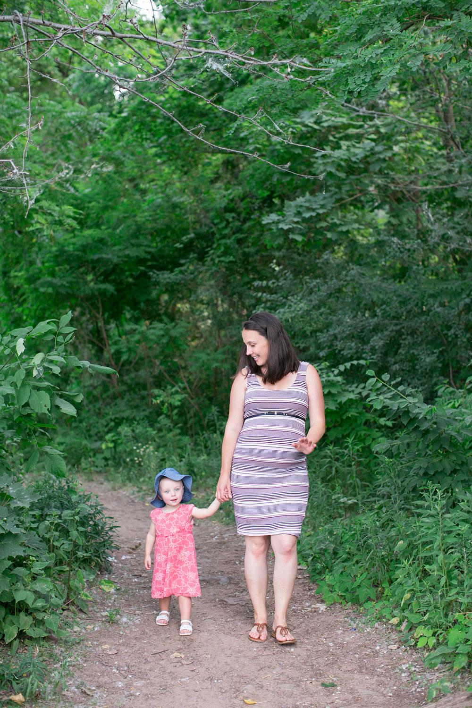 Family-session-niagara-maternity-session-doumentry-lifestle-session-niagara-photo-by-philosophy-studios-0015.jpg