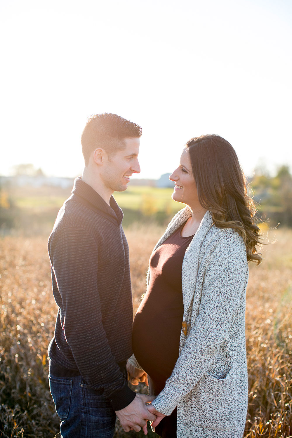 Winter-maternity-session-niagara-maternity-photographer-tree-farm-photos-photo-by-philosophy-studios-0020.jpg