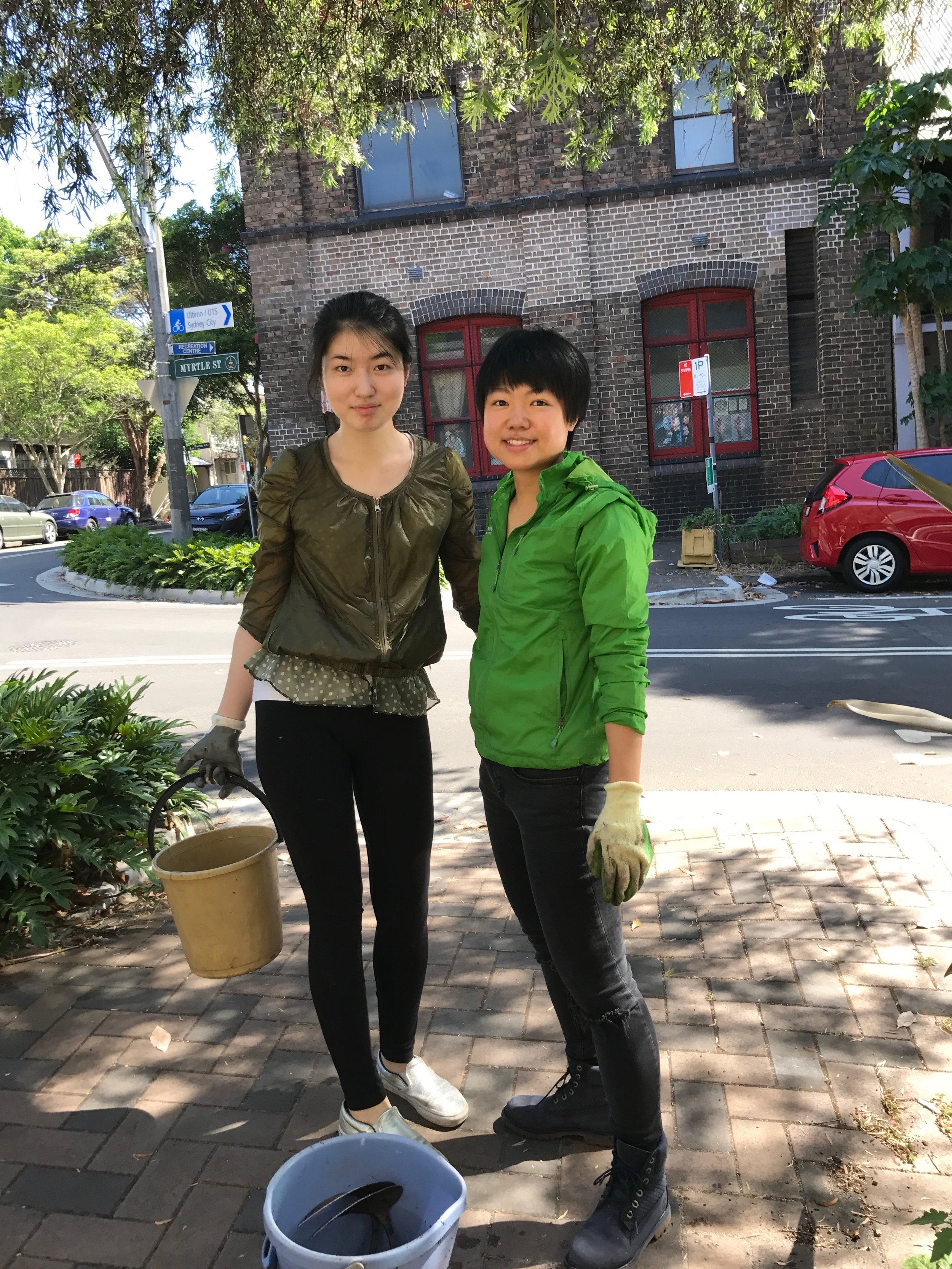 Mia(Left) and Jesscia(Right)