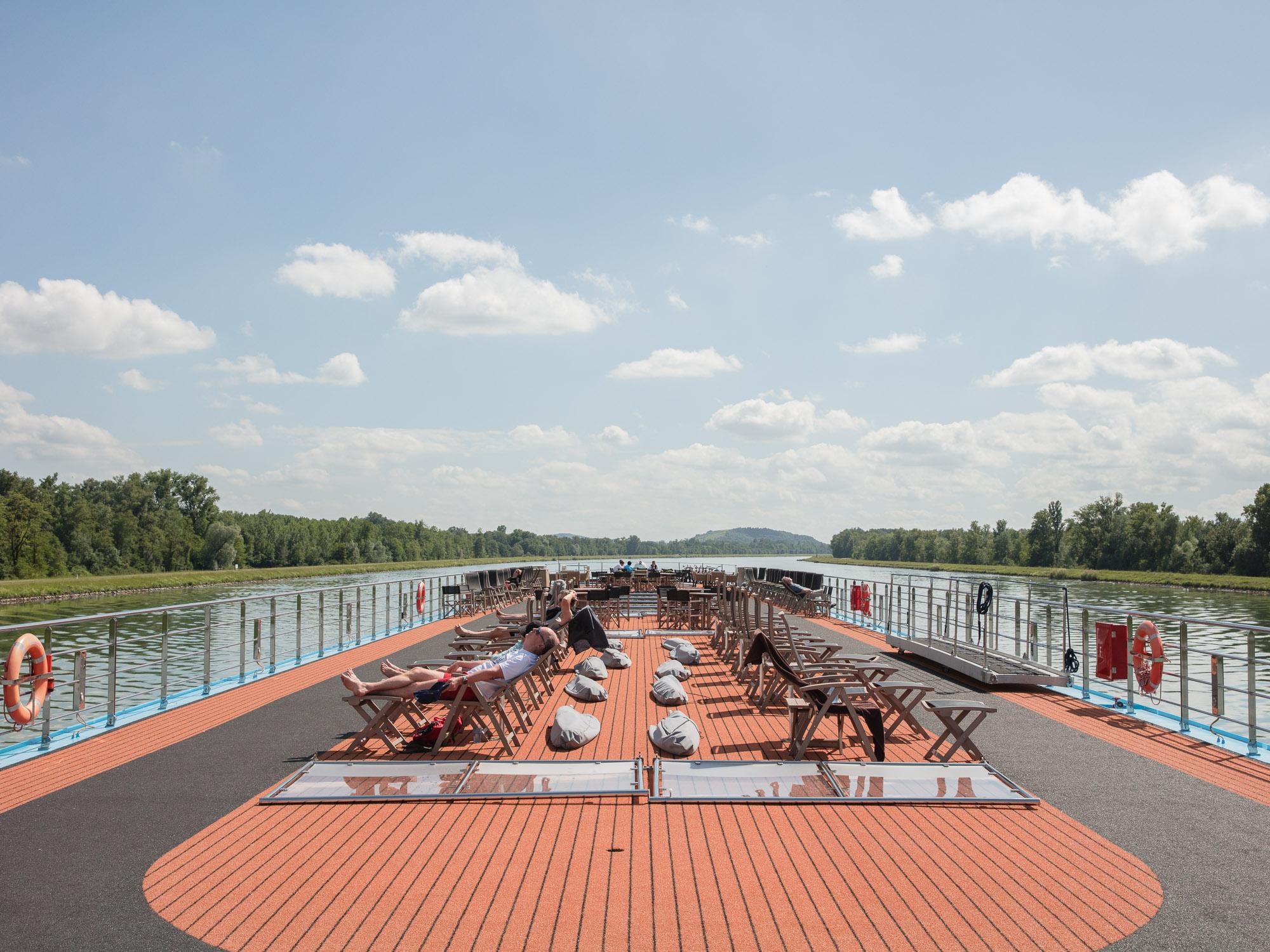 Jamie Kripke_Down the Rhine_19.jpg
