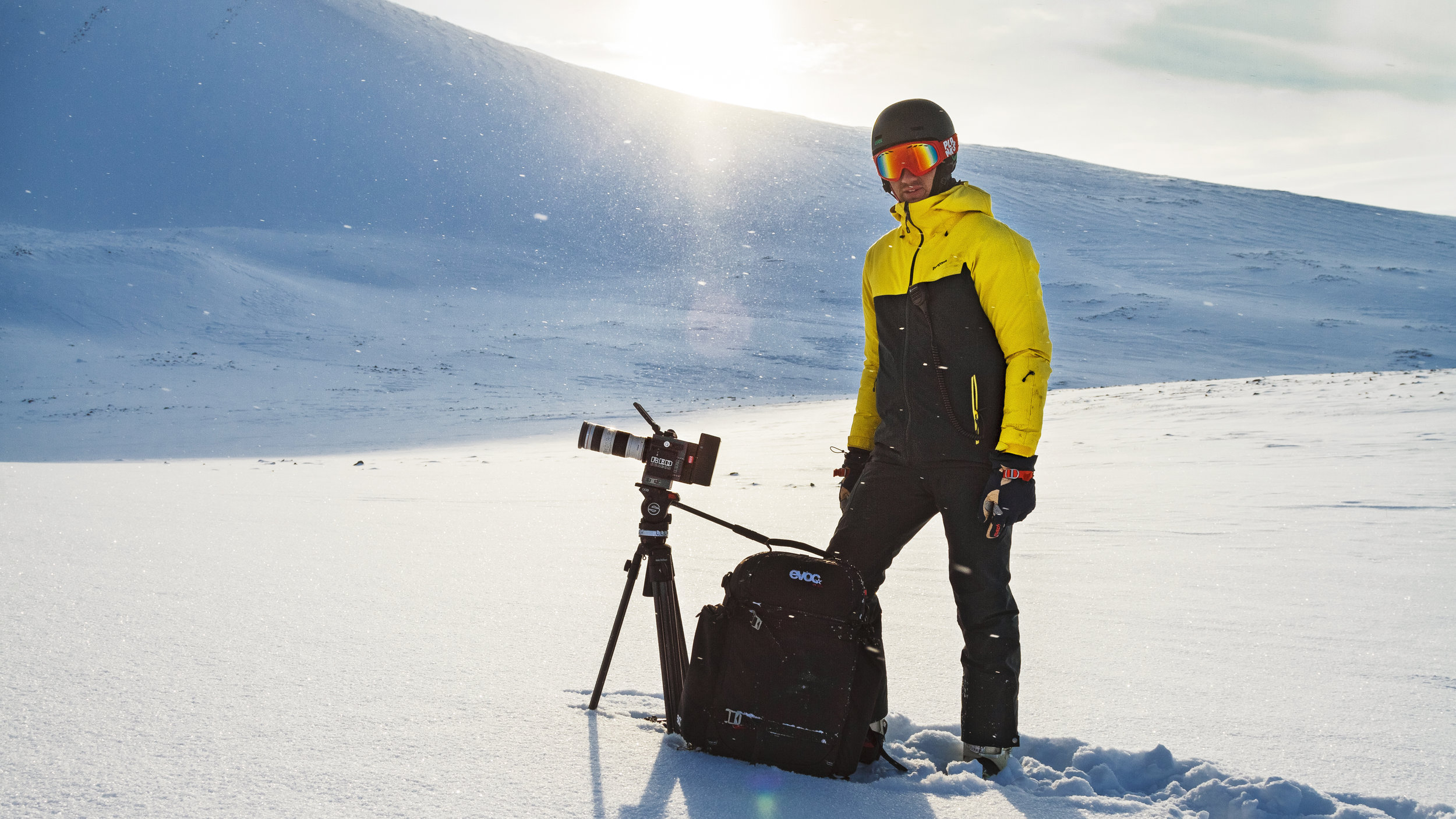 """Director philipp becker in the arctic - shooting for """"Druschba"""""""