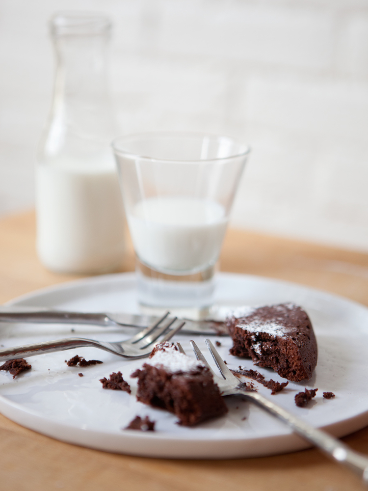 Flourless-Chocolate-Cake_JG__0292.jpeg