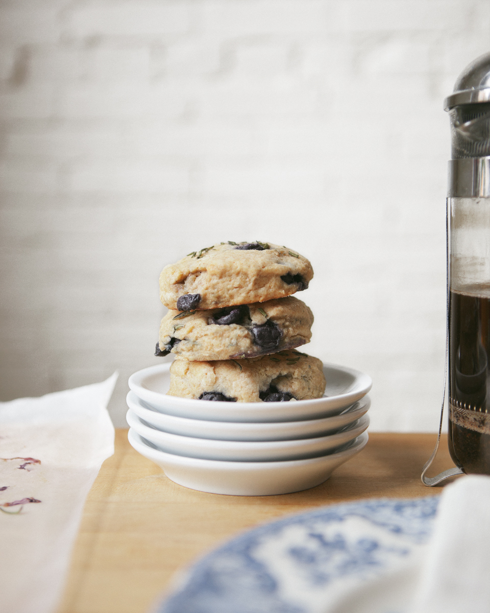 blueberry-rosemary-biscuits_jg__0145.jpg