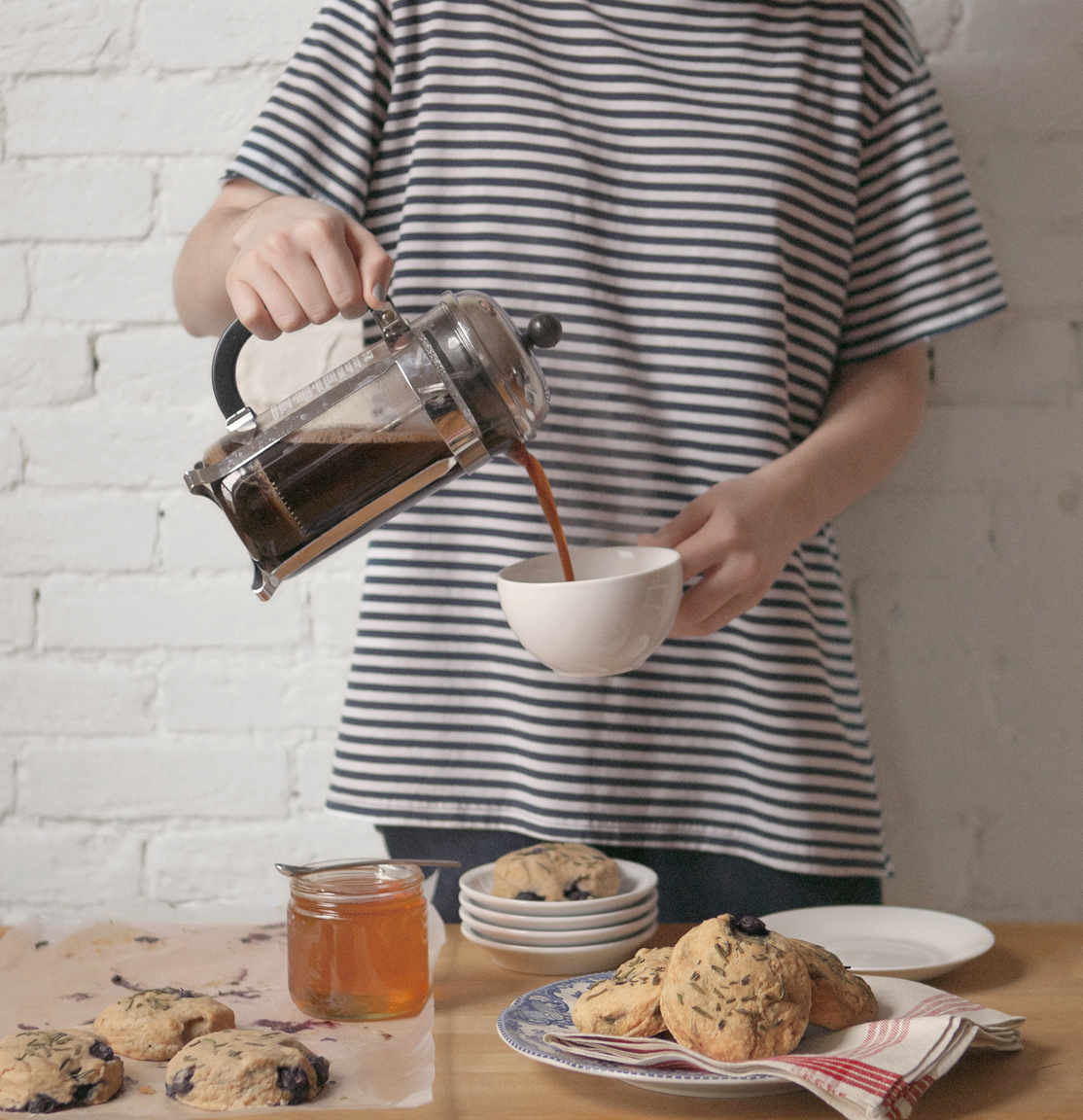 blueberry-rosemary-biscuits_jg__0033.jpg