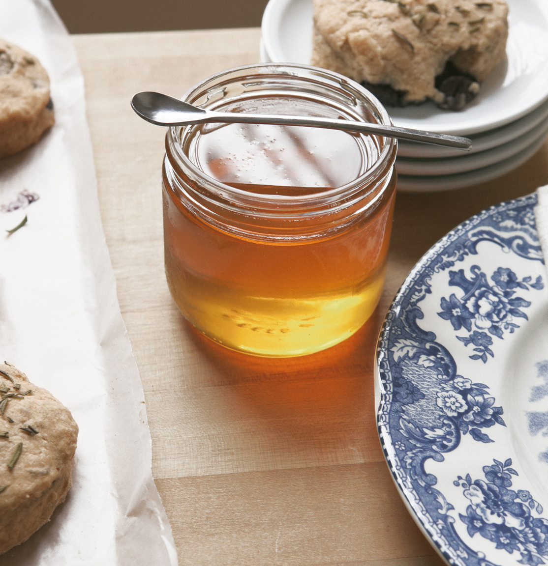 blueberry-rosemary-biscuits_jg__0016.jpg