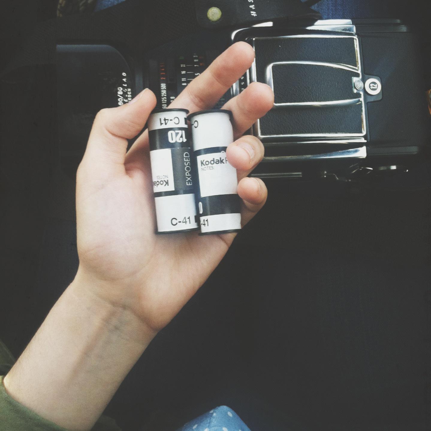 iPhone_4.24_film.jpg