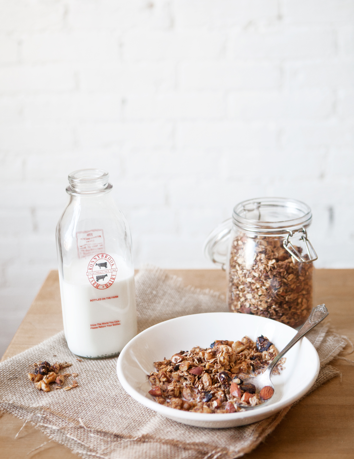 Winter-Fig-and-Spiced-Vanilla-Cereal.jpg