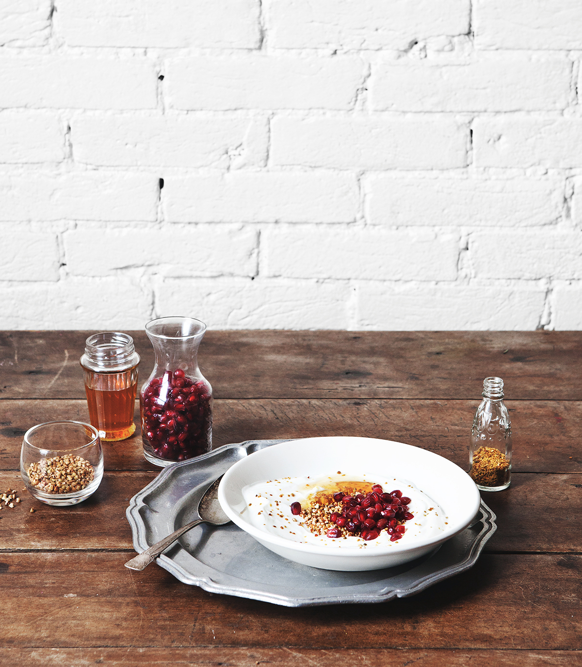 Toasted-Buckwheat-and-Pomegranate-Breakfast-Bowl_001.jpg