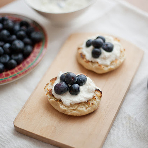 english muffins with blueberry honey ricotta