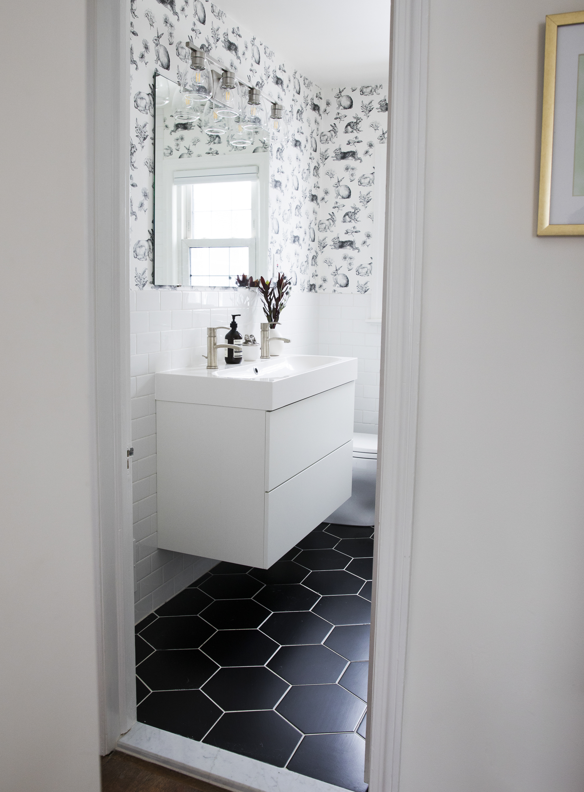 JG_Renovation2018_0259_BathroomHallway.jpg