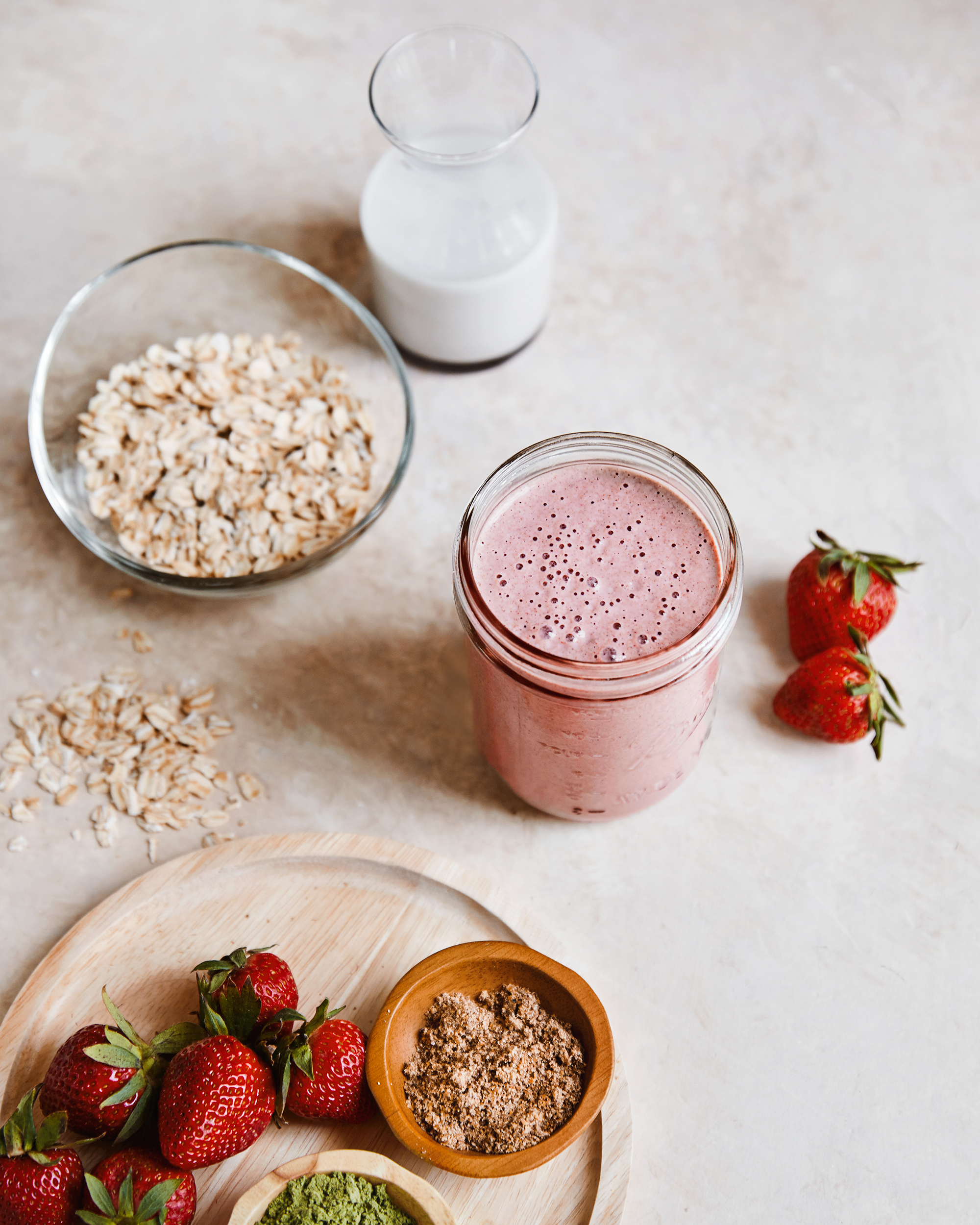 Sweet Strawberry Oatmeal Smoothie