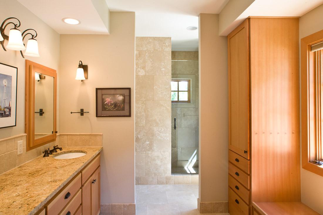 west-fir-contemporary-remodel-bathroom-paul-moon-design-architecture.jpg