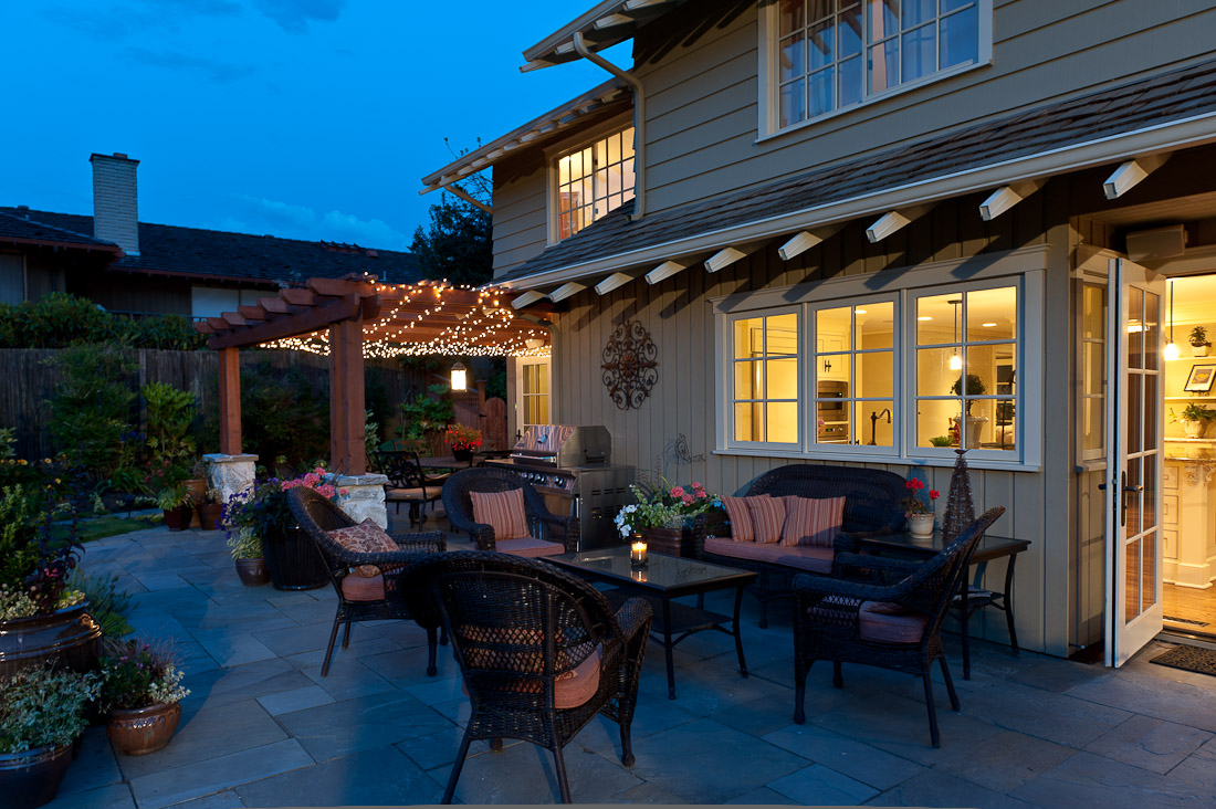 yarrow-point-remodel-back-patio-paul-moon-design-seattle-architecture-3.jpg