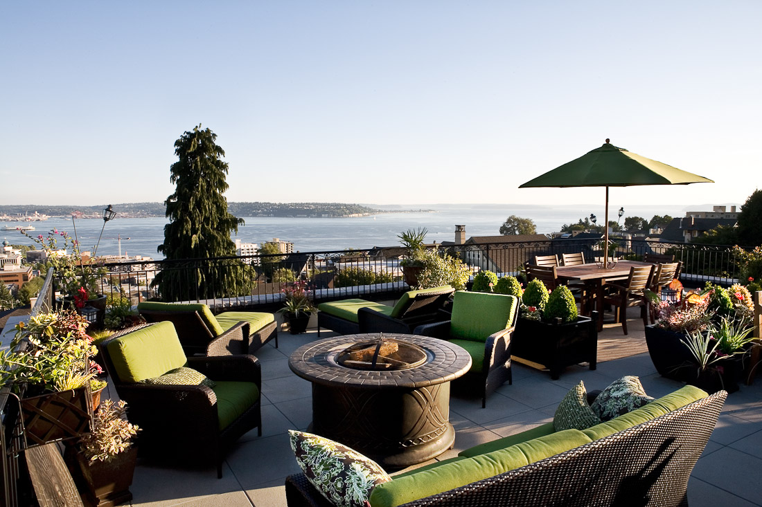 queen-anne-landscape-architecture-patio-deck-view-paul-moon-design-seattle.jpg