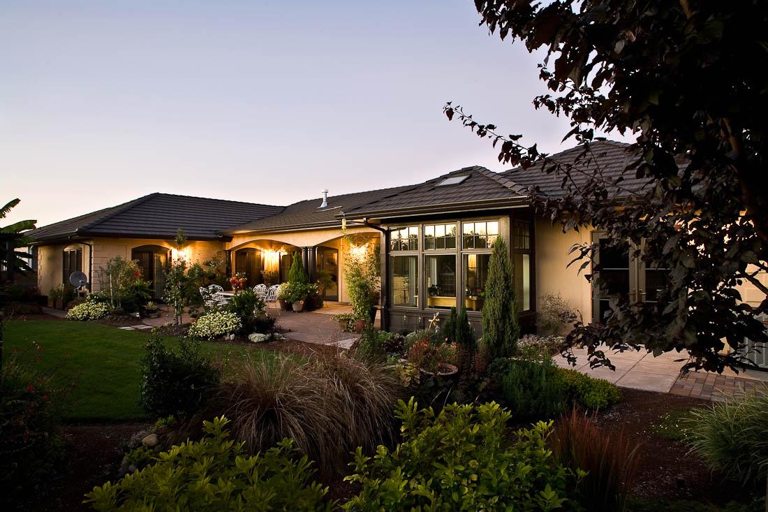 creswell-oregon-european-stucco-exterior-back-paul-moon-design-architecture-e.jpg