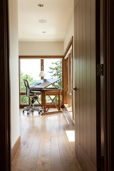 madison-park-residence-seattle-hallway-paul-moon-design-architecture.jpg