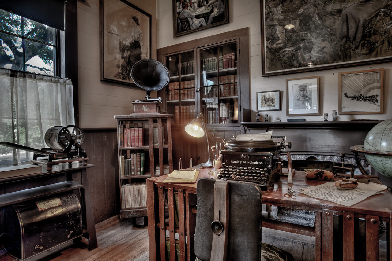 melancholiceuphoria :     Jack London's Desk and Study