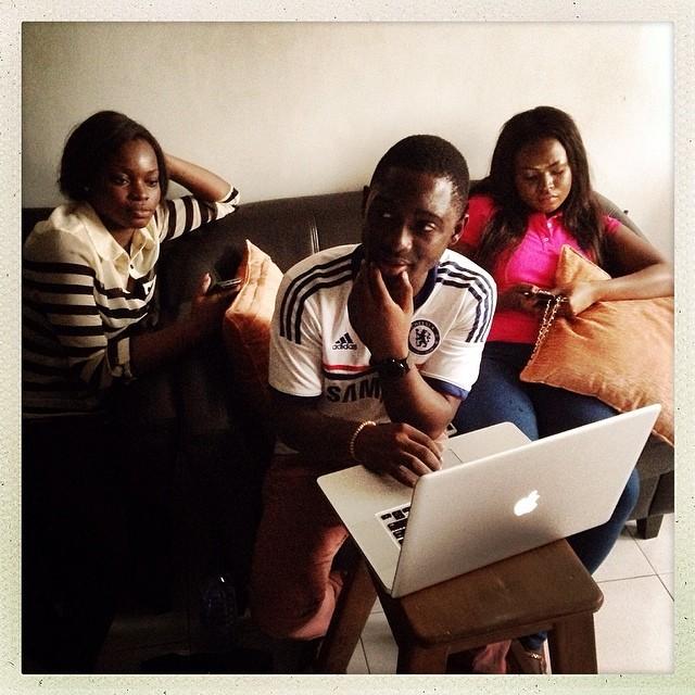everydayafrica :     Photo studio after a shoot. Right: Kiki, makeup artist. Center: Steven, photographer. Left: a visiting friend. Osu, Accra, Ghana on April 24, 2014. Photo by Peter DiCampo @pdicampo #accra #ghana #osu