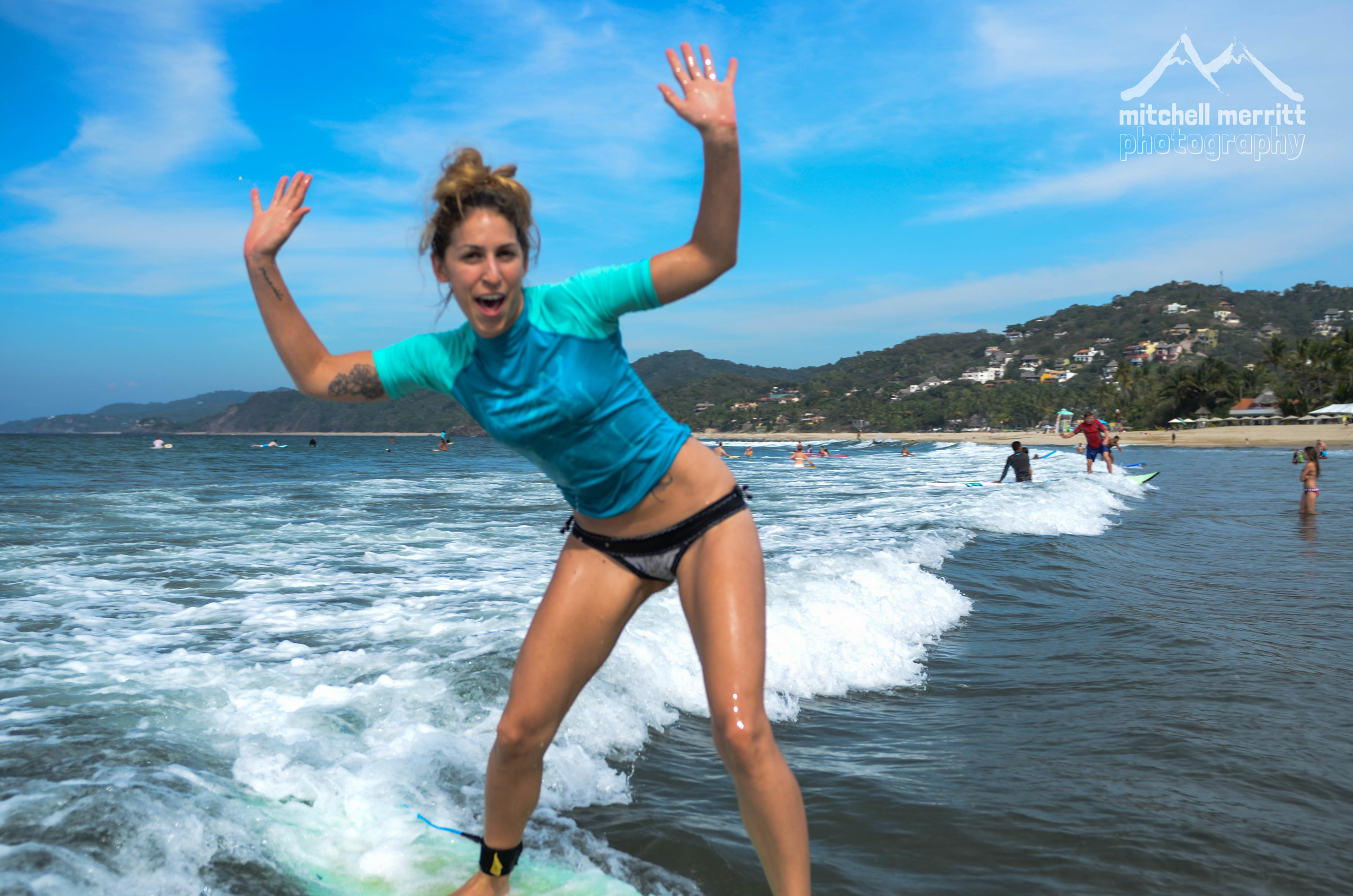 girls surf lessons-12.jpg