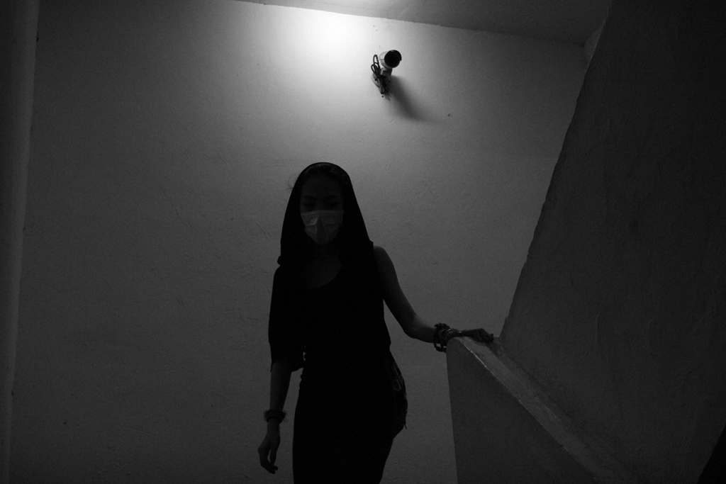 Stairs_DarkBody.jpg