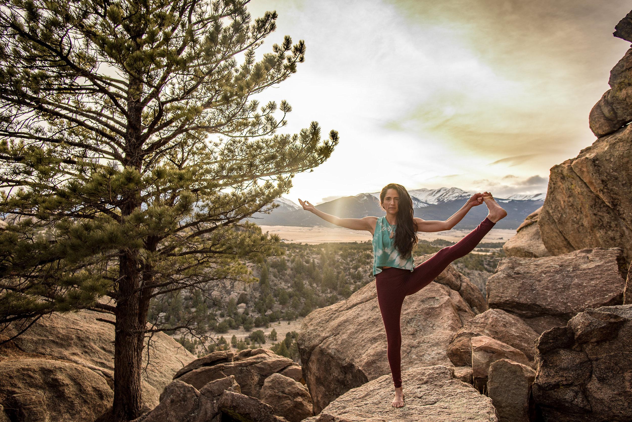 Yoga-Olas-Salida-Catherine-Eichel-Photography-2-13.jpg
