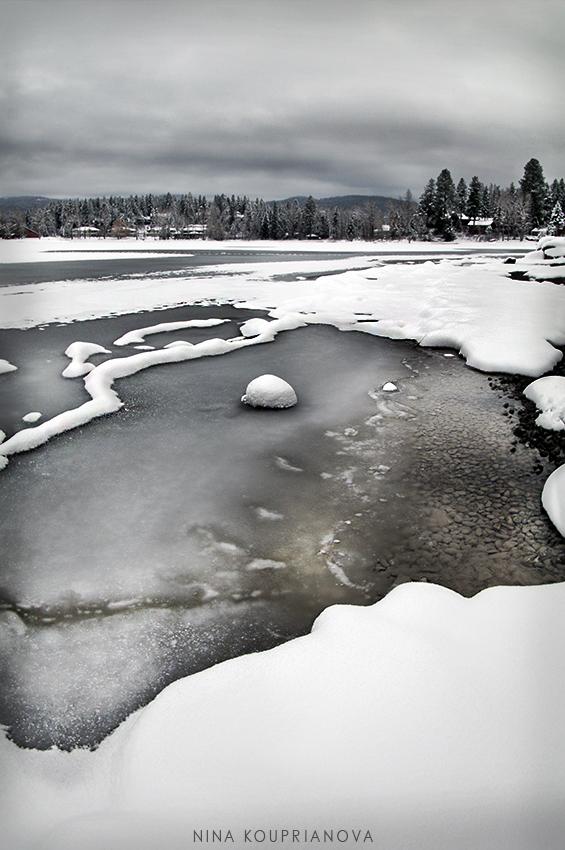 lake with ice 850 px url.jpg