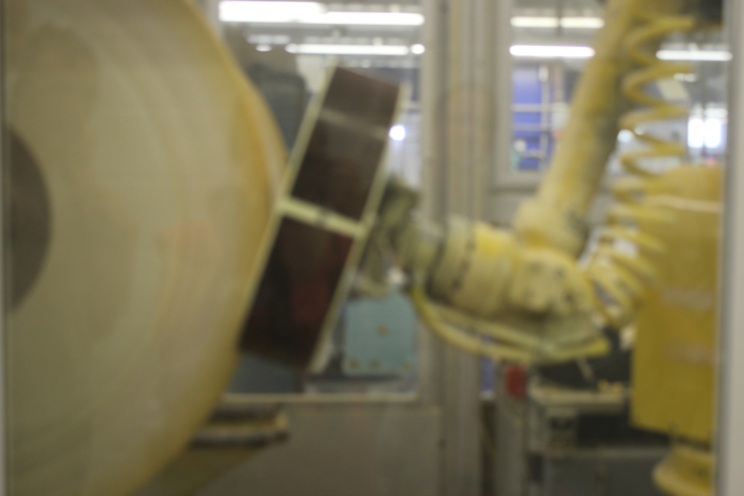 A Polishing Robotic Arm for the First Buffing.