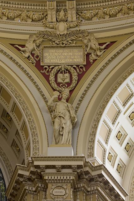Sculpture of History by Daniel Chester French ( Image: Library of Congress ).