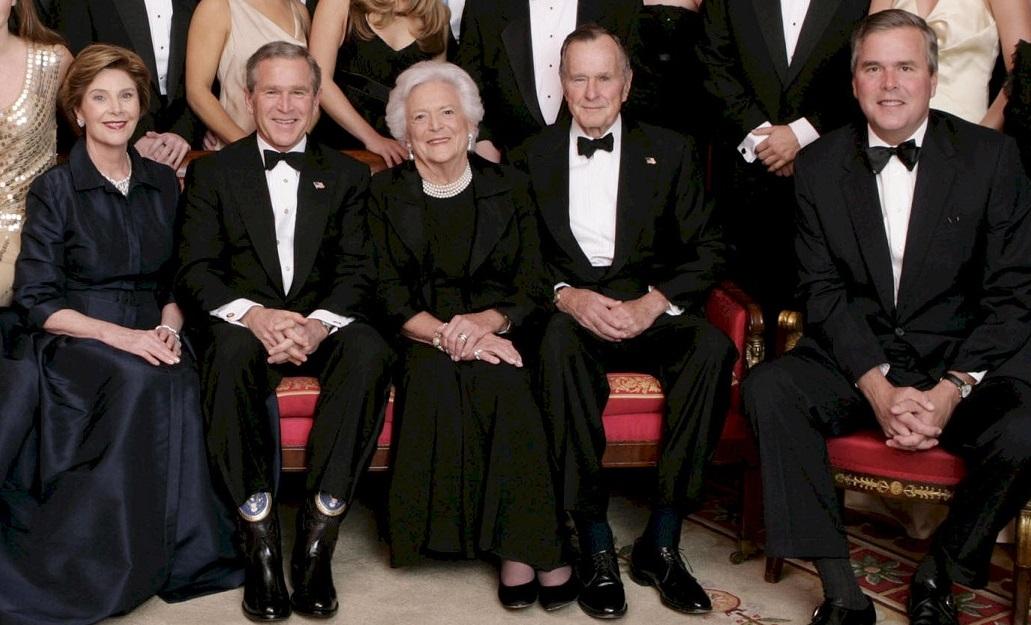 Might this photo eventuallycontain  three US Presidents?