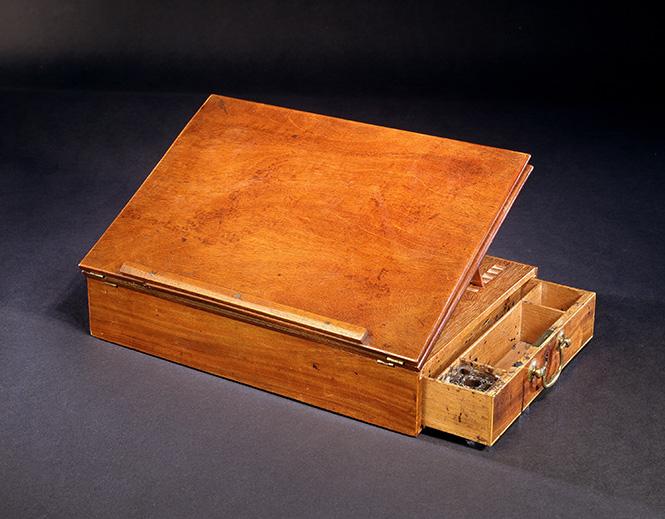 Jefferson Desk.jpg