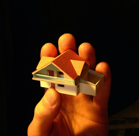 Home+in+Hand.jpg